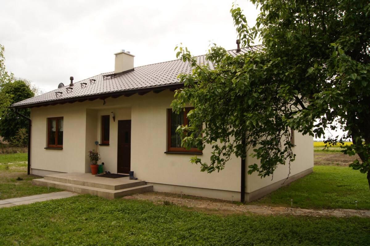 Tylko na zewnątrz Dom parterowy, Toruń – Domikon – Energooszczędne domy budowane pod FL57