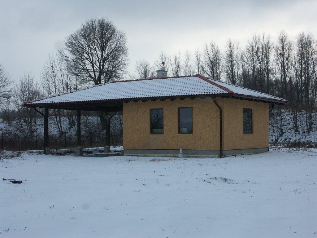 Domikon - Parterowy dom z dachem czterospadowym, Łódź