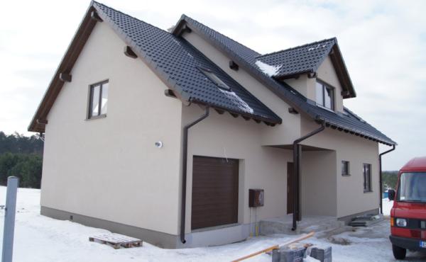 Dom z garażem jednostanowiskowym, Tomaszów Mazowiecki