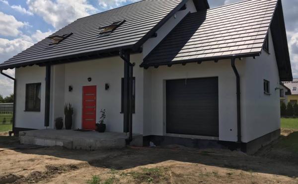 Dom z garażem jednostanowiskowym, Oława