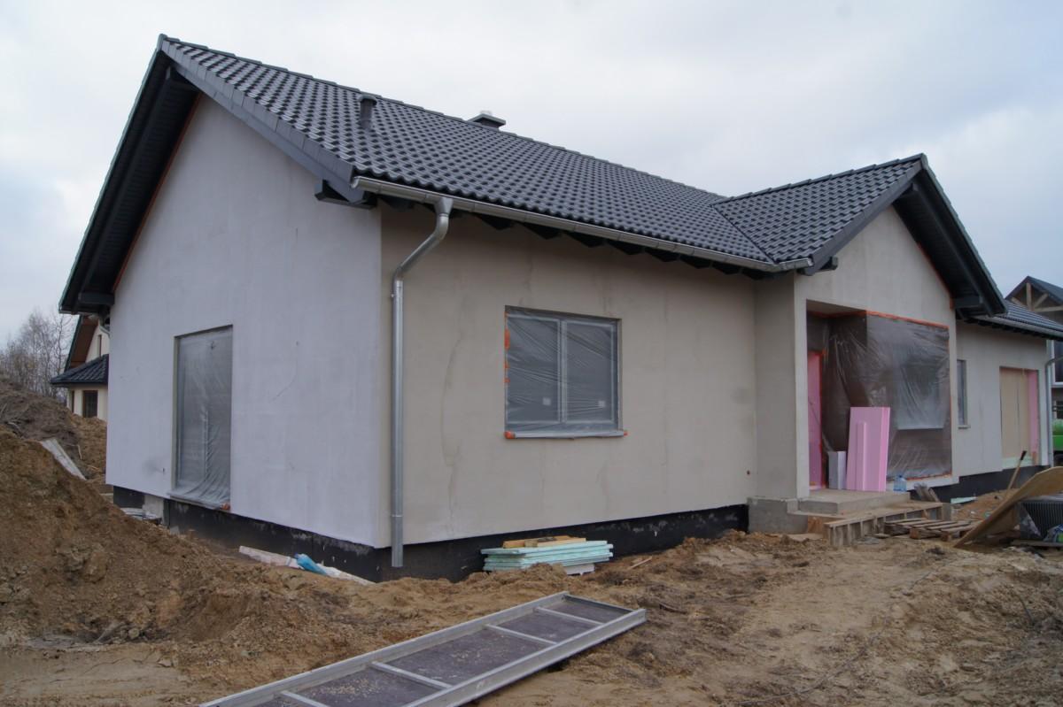 Domikon - Dom parterowy z dachem dwuspadowym, Warszawa