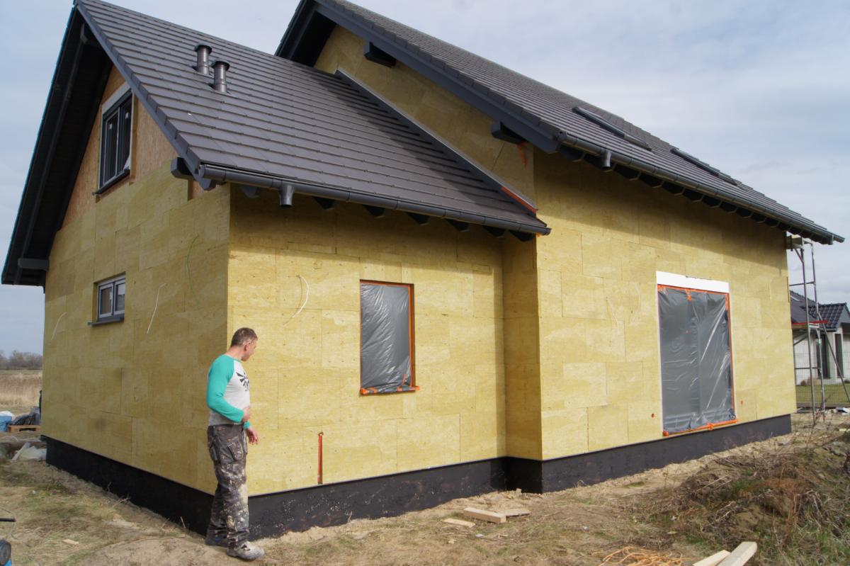 Domikon - Dom z garażem jednostanowiskowym, Oława