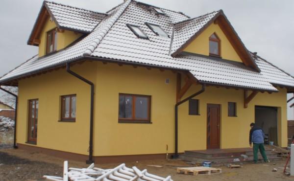 Dom z poddaszem użytkowym, Warszawa Leszno