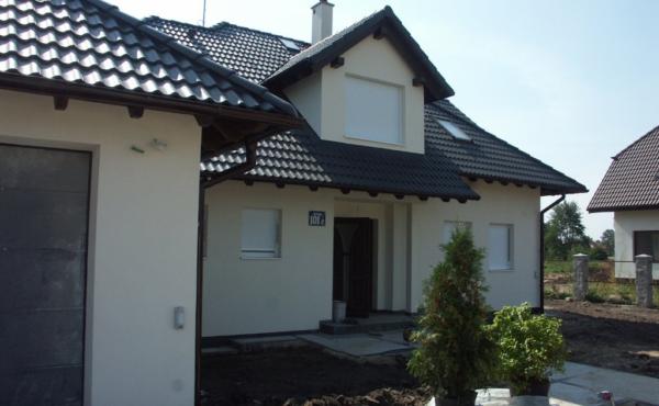 Klasyczny dom jednorodzinny, Warszawa Olesin