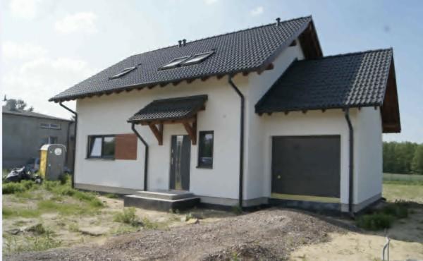 Dom z poddaszem użytkowym i garażem, Łódź.