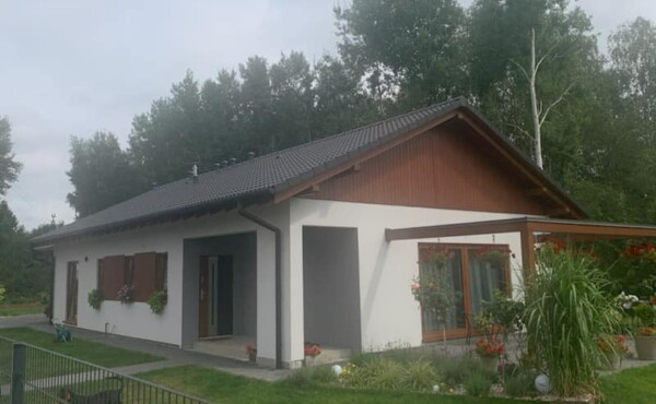 Parterowy dom z garażem, Warszawa.