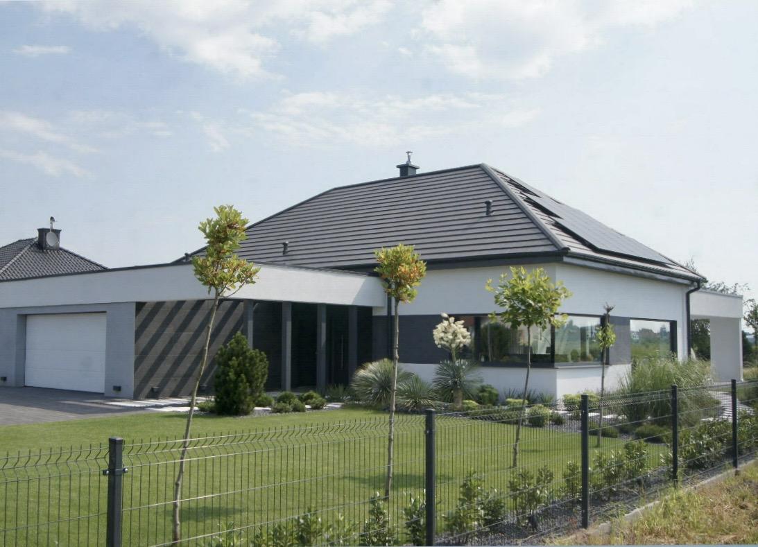 Domikon - Nowoczesny, parterowy dom z garażem dwustanowiskowym.
